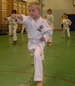 Ludvig, 8, tränar två gånger i veckan.